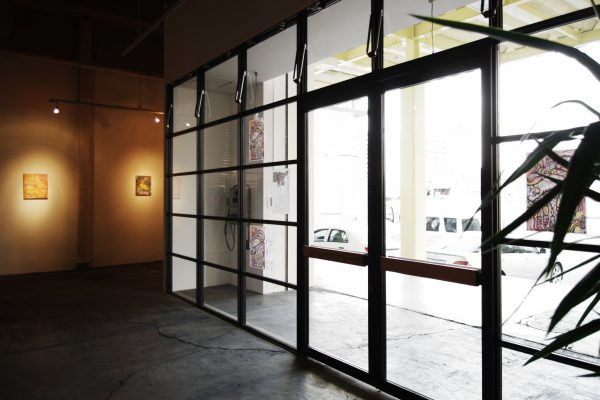 PI gallery – 倉庫をギャラリーにコンバージョン