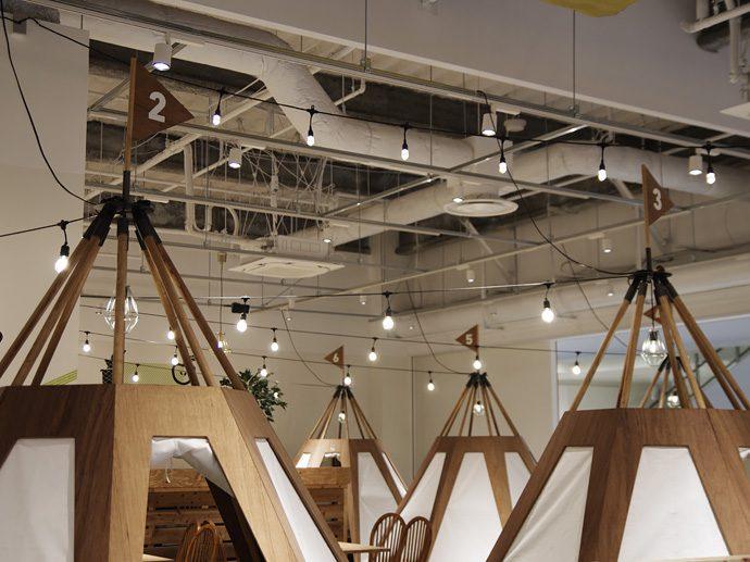 【EIGHT PARK CAFE ららぽーと名古屋みなとアクルス店】デジタルサイネージの試験