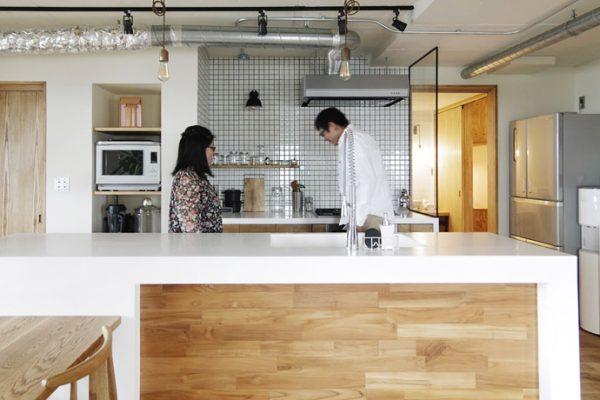 ステンレスだけじゃない!?オーダーキッチンの天板の素材いろいろ