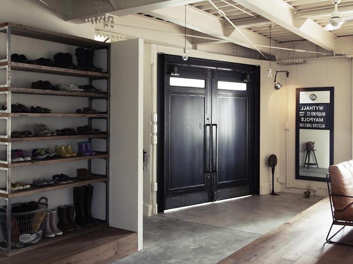 素材も大きさも自分好みのデザインに。オリジナルドアの事例集