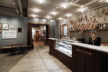 ハチカフェ阿佐ヶ谷店|カフェの店舗デザイン